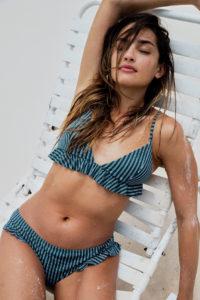 Kleine bikini oberweite für 4 Bikinis